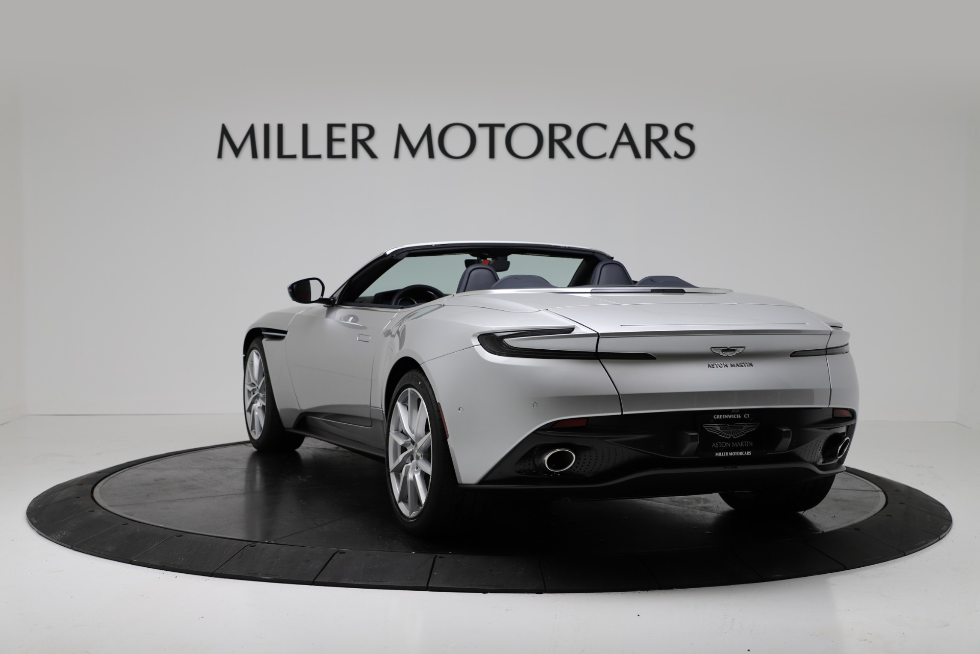 New 2019 Aston Martin DB11 V8 For Sale In Westport, CT 3316_p5