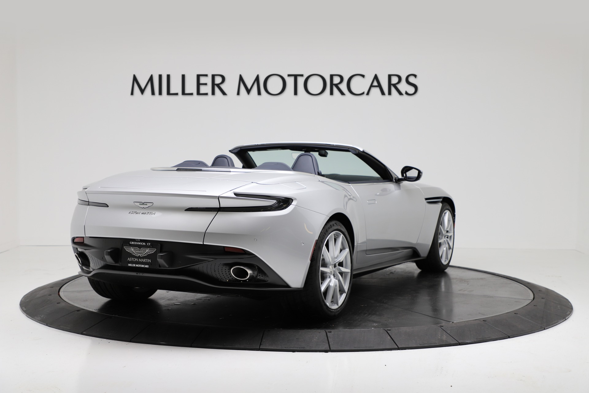 New 2019 Aston Martin DB11 V8 For Sale In Westport, CT 3316_p7