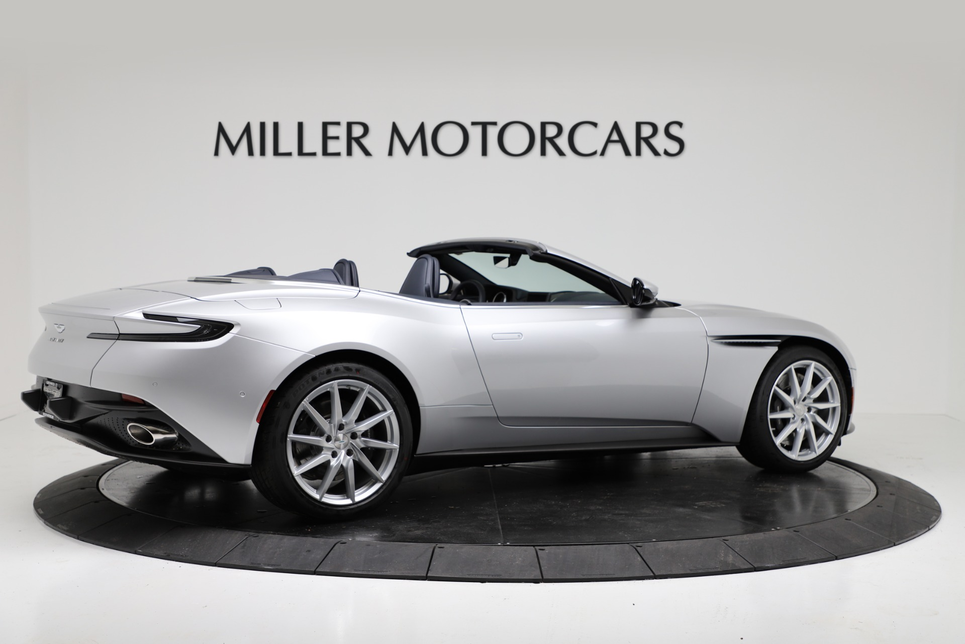 New 2019 Aston Martin DB11 V8 For Sale In Westport, CT 3316_p8