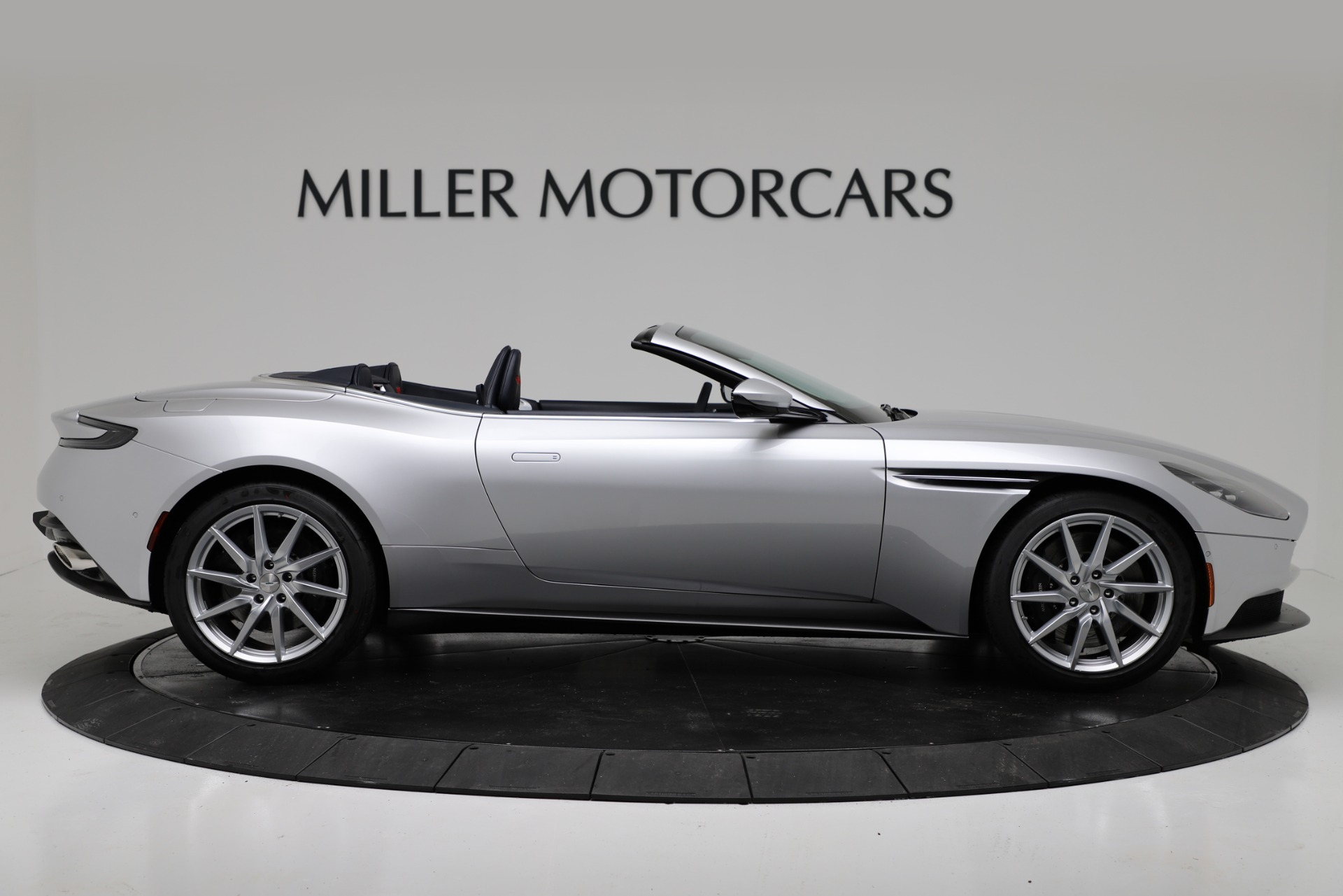 New 2019 Aston Martin DB11 V8 For Sale In Westport, CT 3316_p9