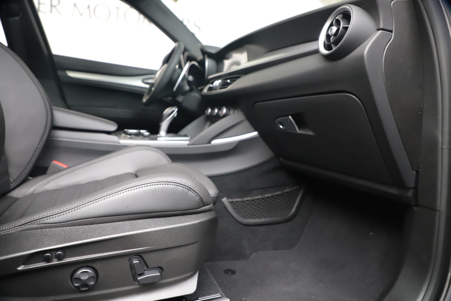 New 2019 Alfa Romeo Stelvio Ti Sport Q4 For Sale In Westport, CT 3337_p23
