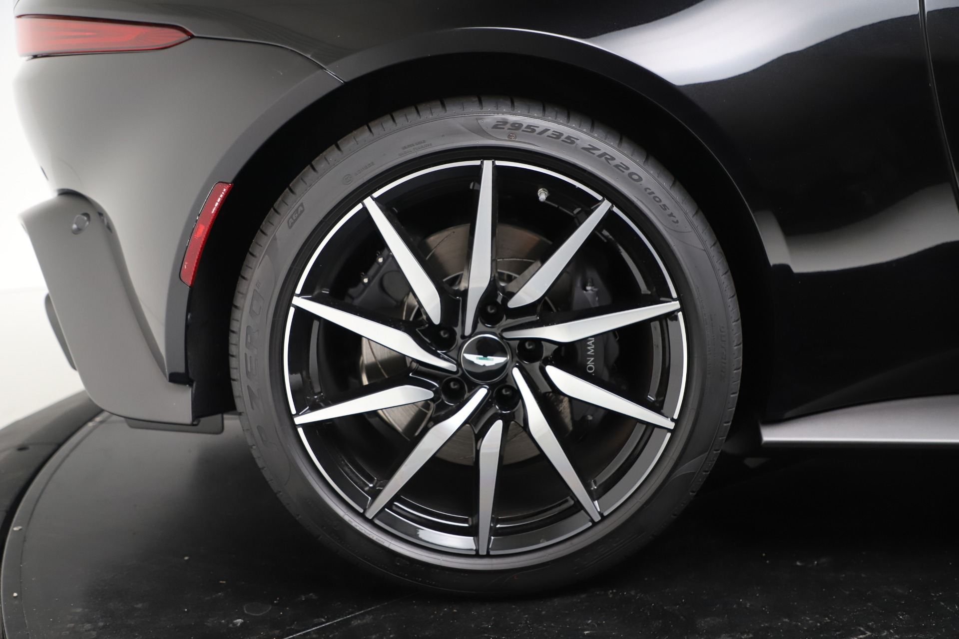 Used 2020 Aston Martin Vantage Coupe For Sale In Westport, CT 3340_p20