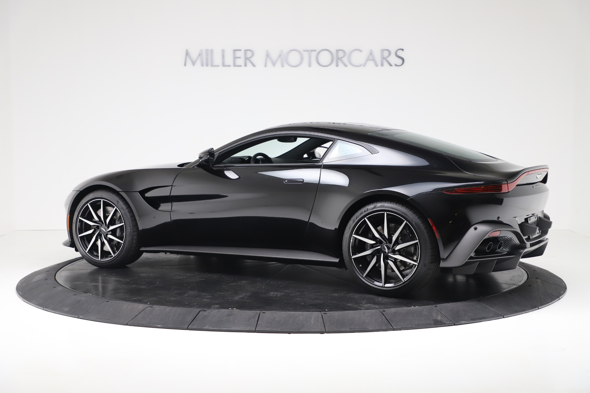 Used 2020 Aston Martin Vantage Coupe For Sale In Westport, CT 3340_p4