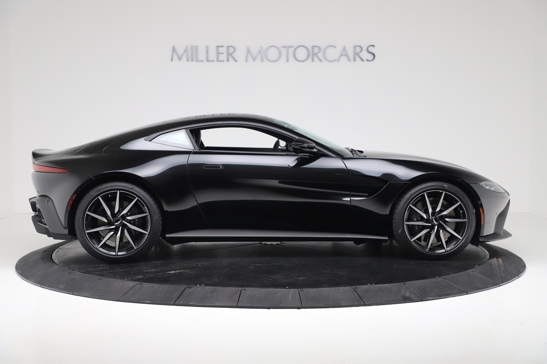 Used 2020 Aston Martin Vantage Coupe For Sale In Westport, CT 3340_p9