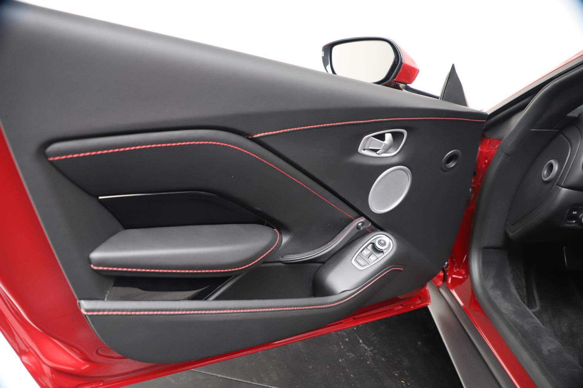 New 2020 Aston Martin Vantage V8 For Sale In Westport, CT 3343_p16