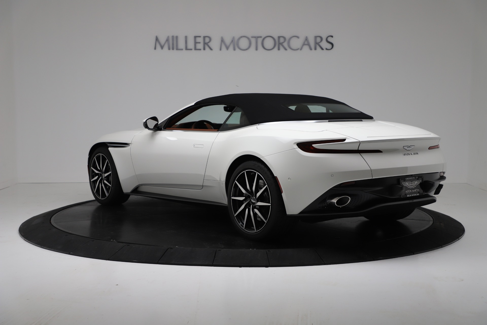 New 2019 Aston Martin DB11 V8 Convertible For Sale In Westport, CT 3344_p15