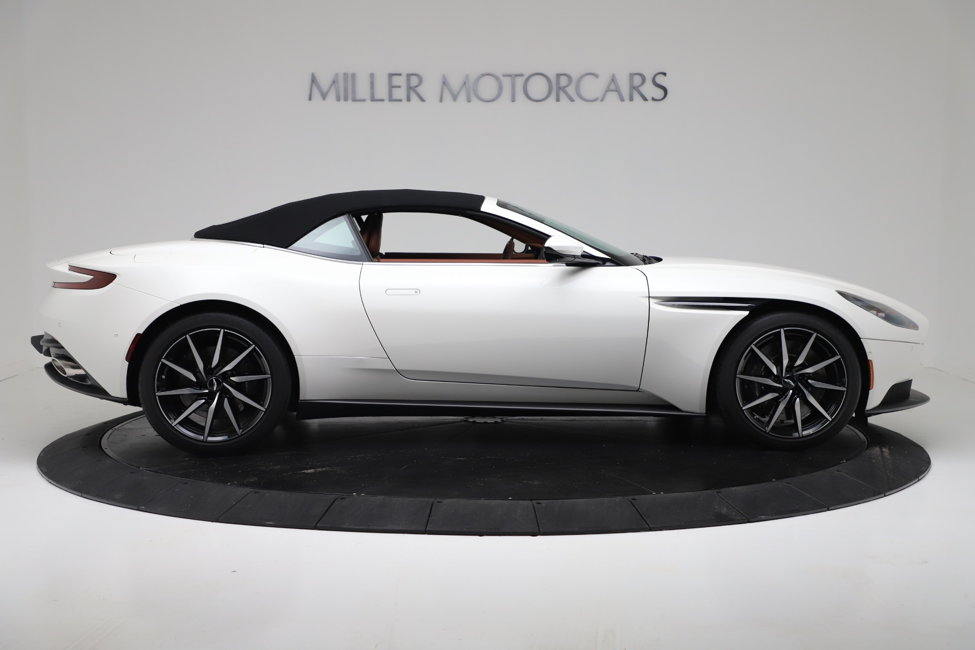 New 2019 Aston Martin DB11 V8 For Sale In Westport, CT 3344_p17