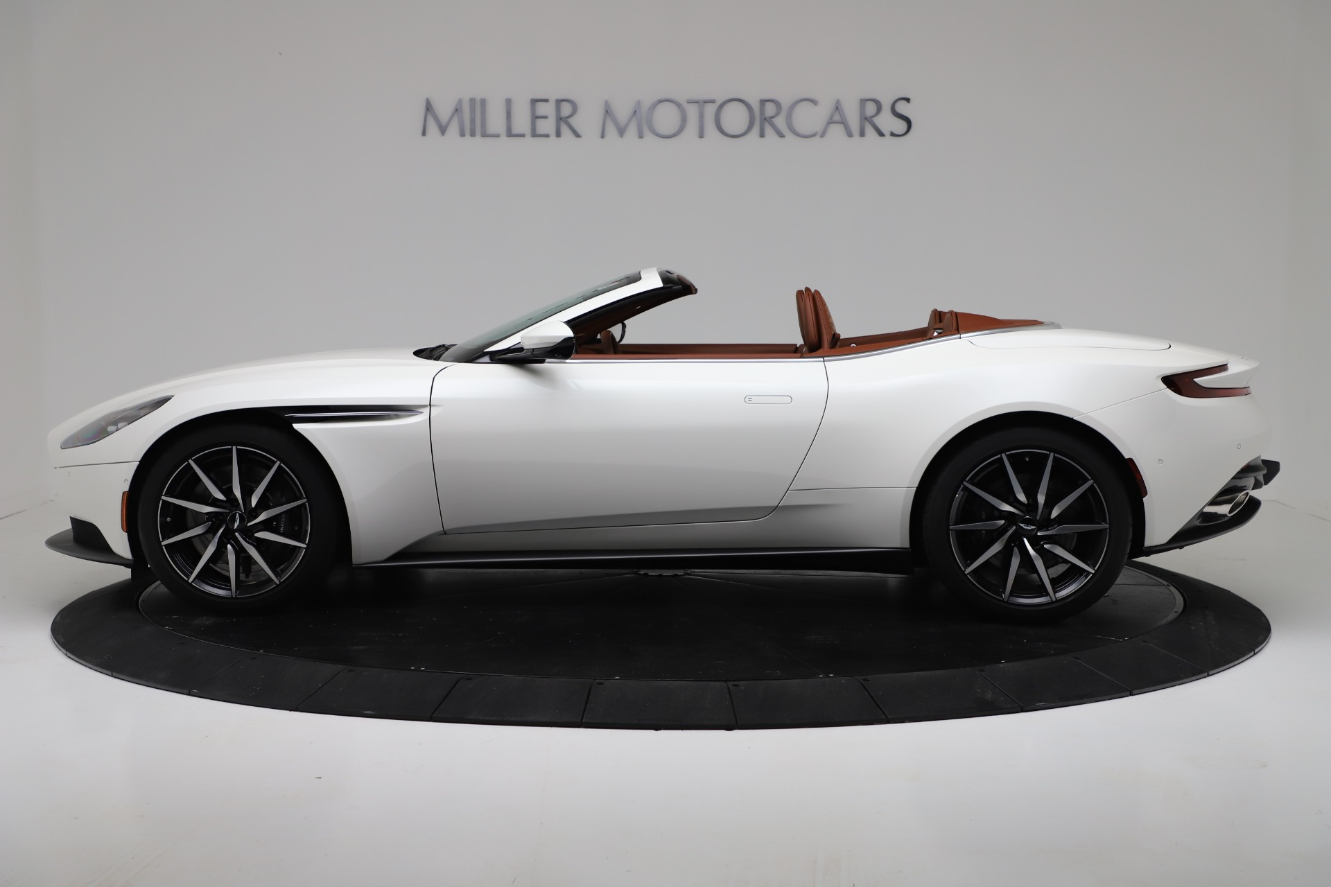New 2019 Aston Martin DB11 V8 Convertible For Sale In Westport, CT 3344_p3