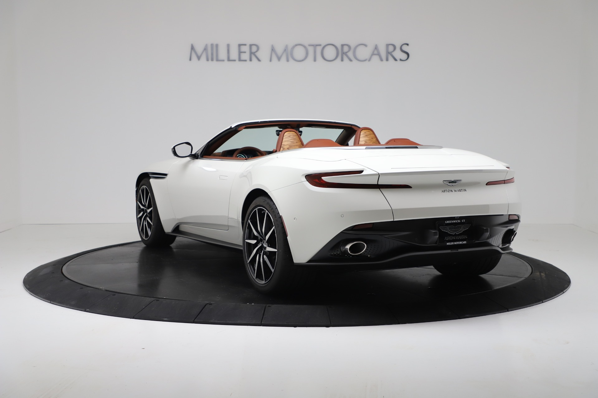 New 2019 Aston Martin DB11 V8 For Sale In Westport, CT 3344_p5
