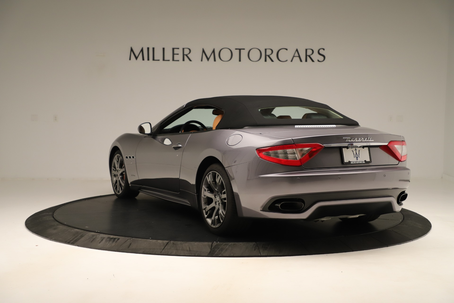 Used 2012 Maserati GranTurismo Sport For Sale In Westport, CT 3348_p15