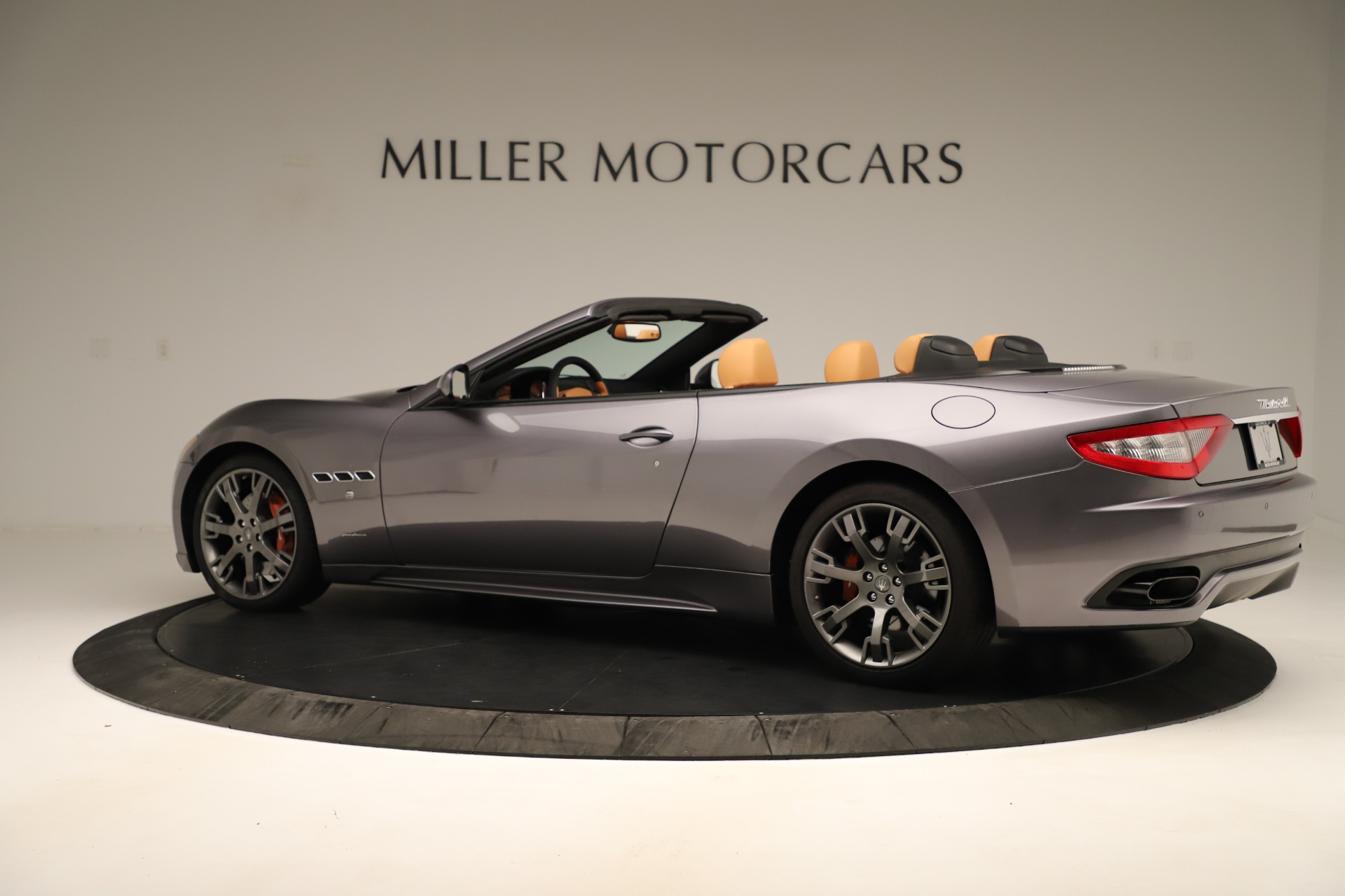 Used 2012 Maserati GranTurismo Sport For Sale In Westport, CT 3348_p4