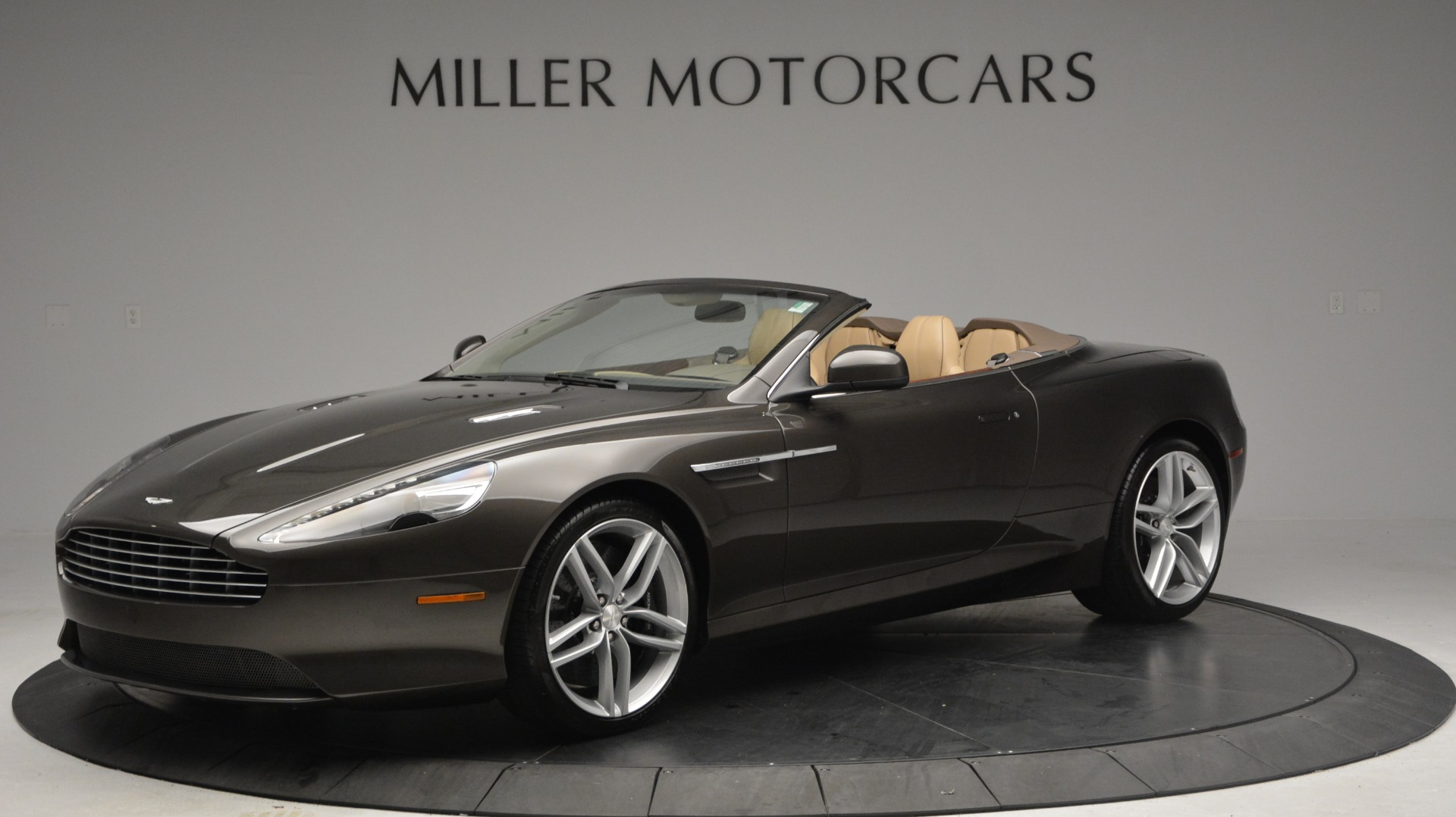 Used 2012 Aston Martin Virage Convertible For Sale In Westport, CT 3351_main