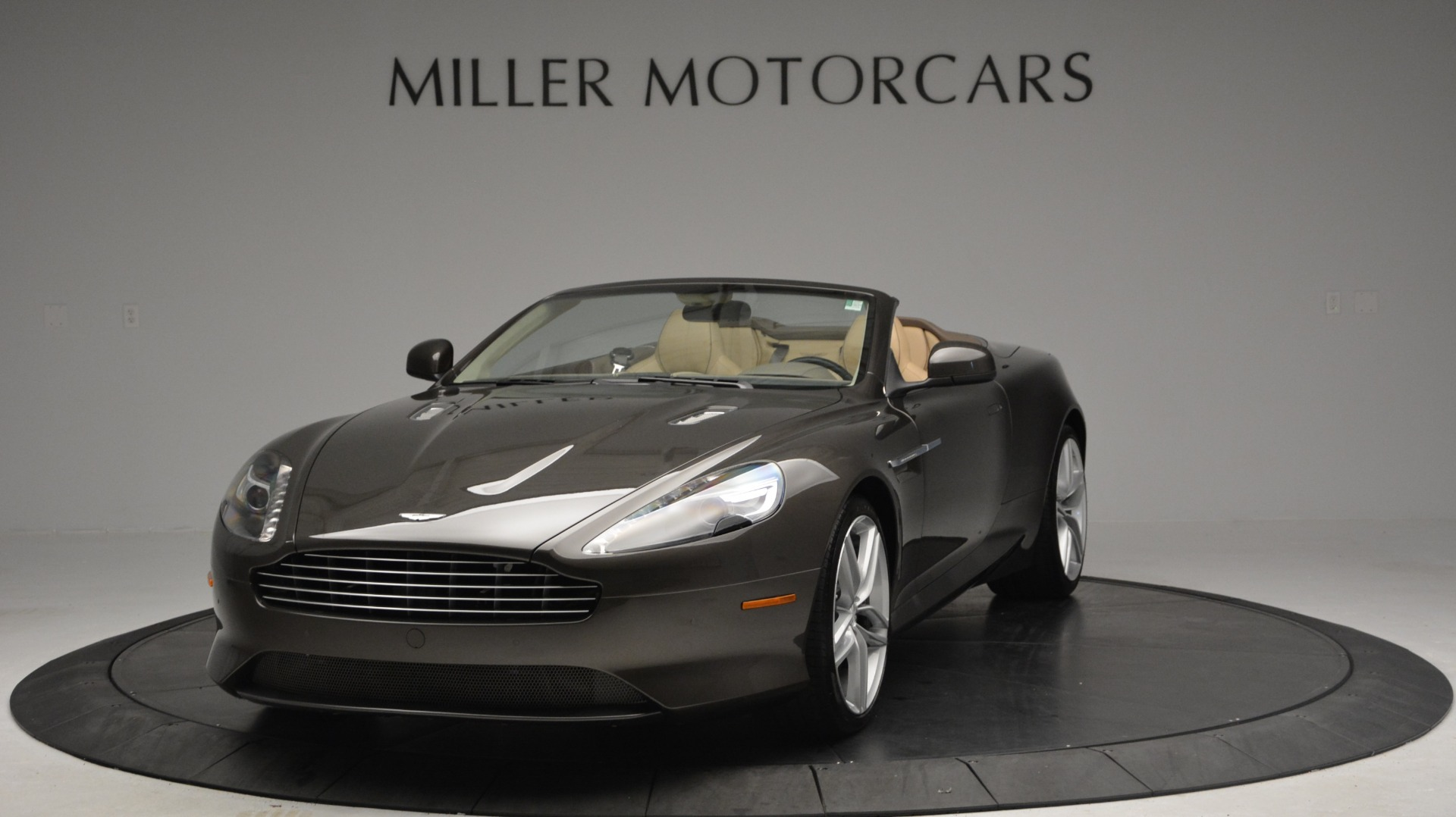 Used 2012 Aston Martin Virage Convertible For Sale In Westport, CT 3351_p13