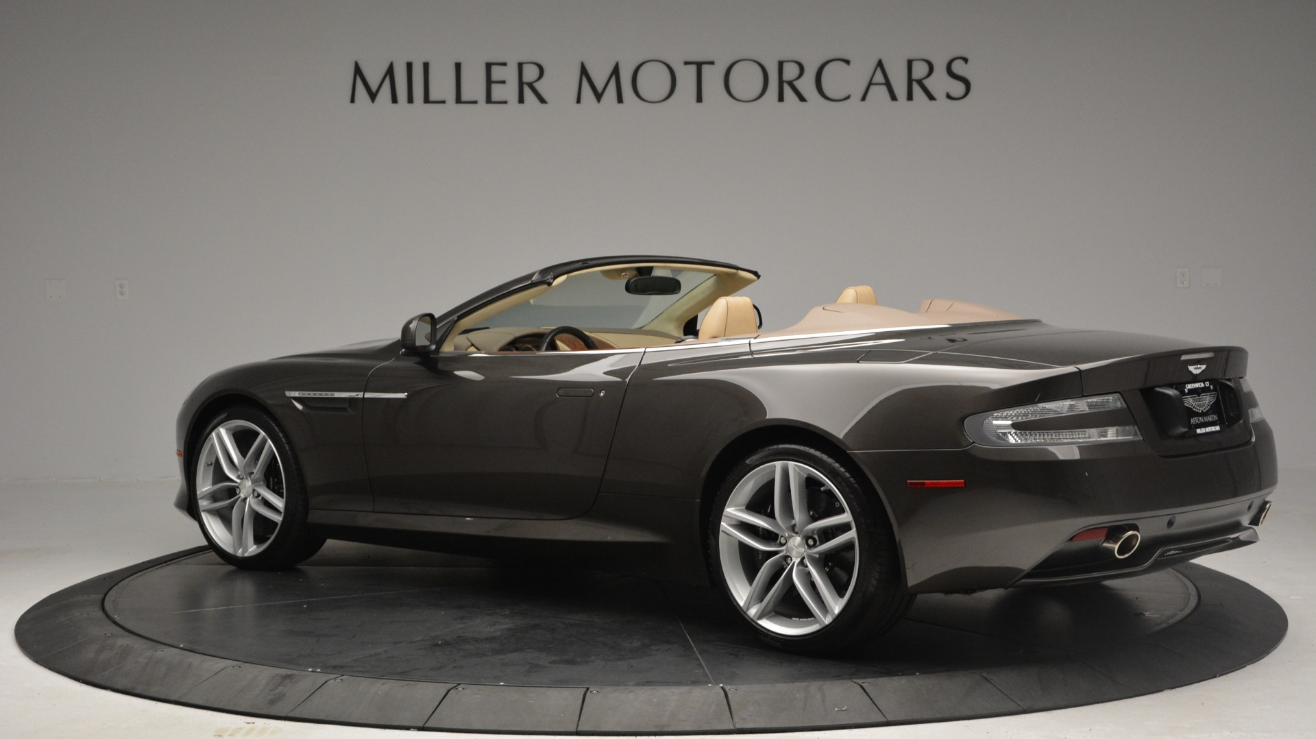 Used 2012 Aston Martin Virage Convertible For Sale In Westport, CT 3351_p4