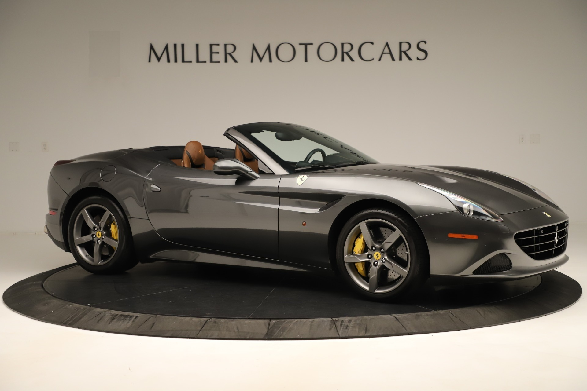 Used 2015 Ferrari California T  For Sale In Westport, CT 3354_p10