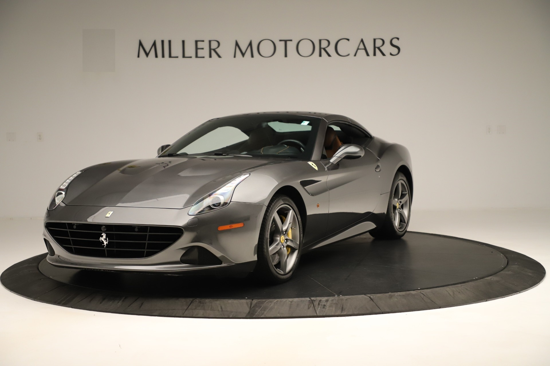 Used 2015 Ferrari California T  For Sale In Westport, CT 3354_p13