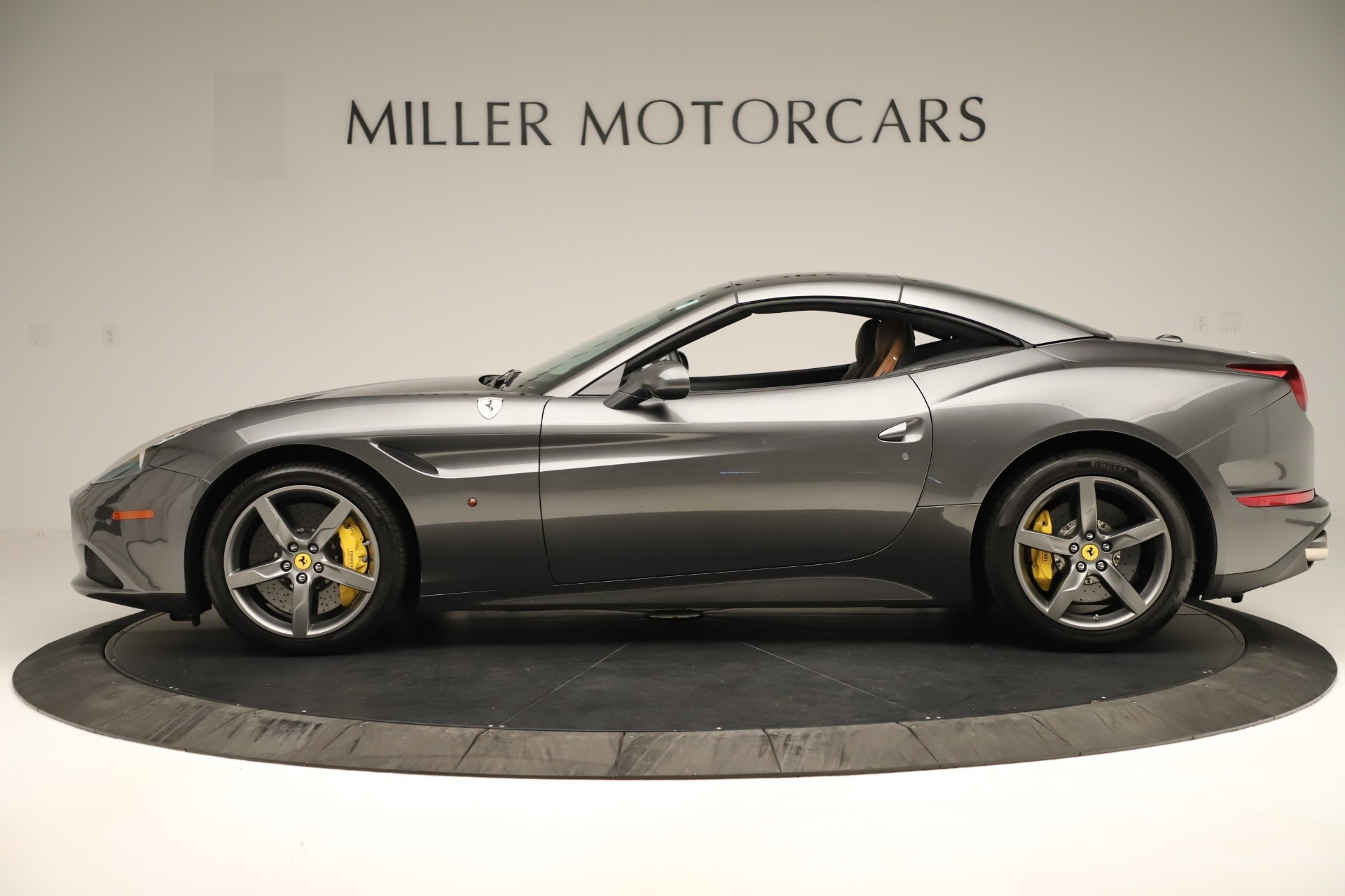 Used 2015 Ferrari California T  For Sale In Westport, CT 3354_p14