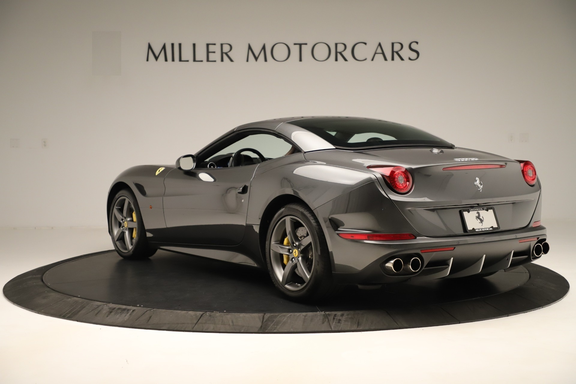 Used 2015 Ferrari California T  For Sale In Westport, CT 3354_p15