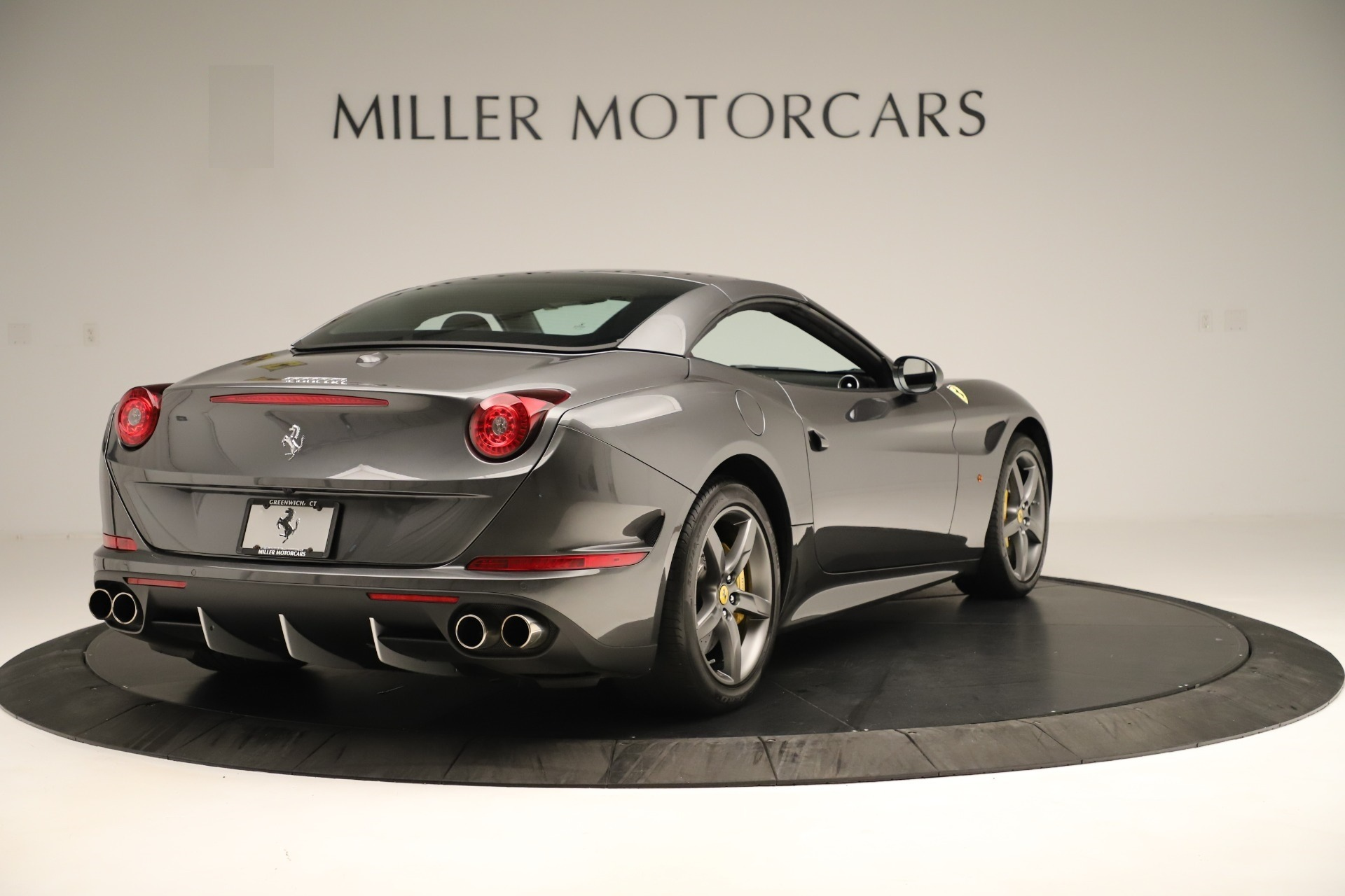 Used 2015 Ferrari California T  For Sale In Westport, CT 3354_p16