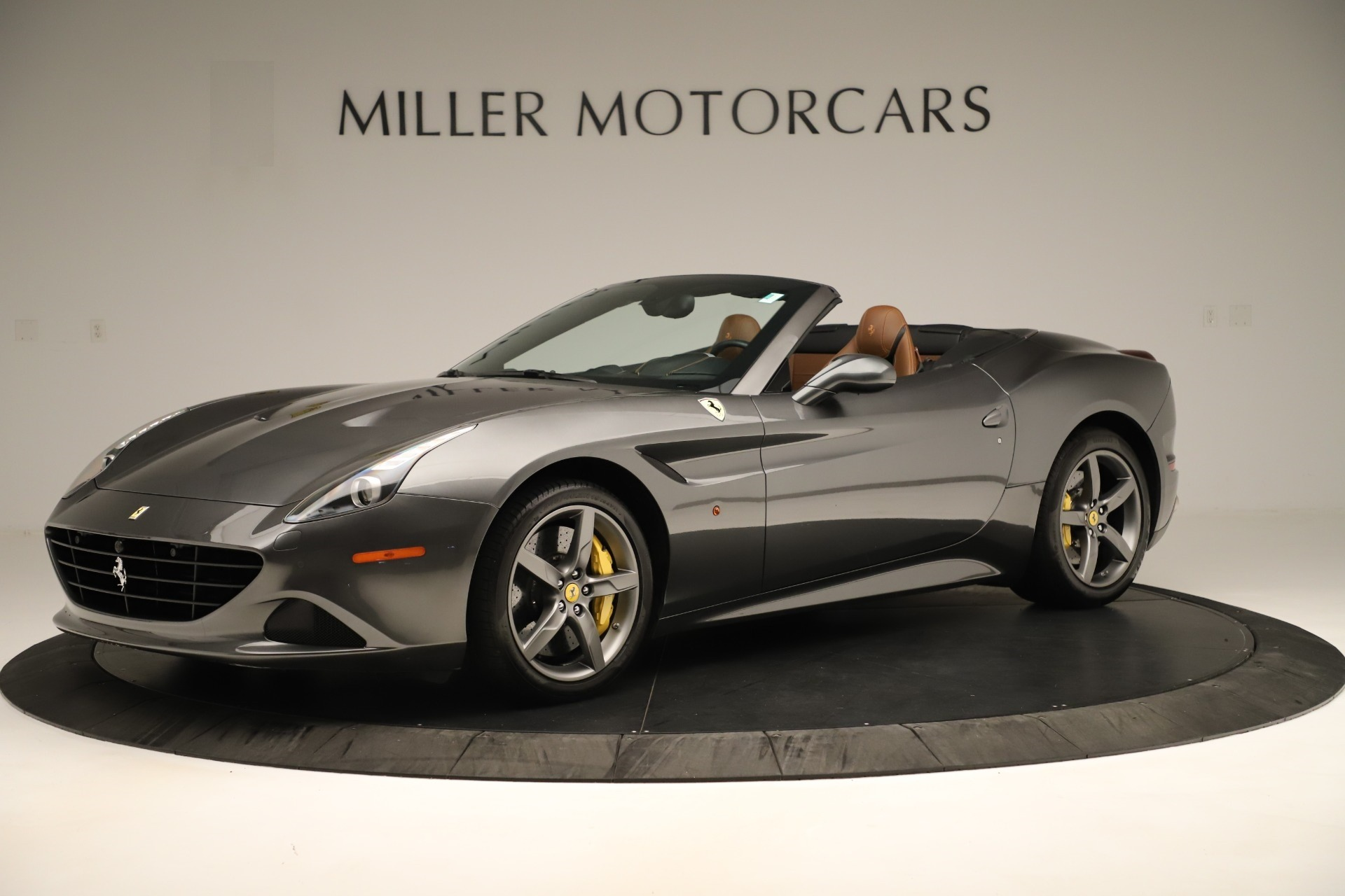Used 2015 Ferrari California T  For Sale In Westport, CT 3354_p2