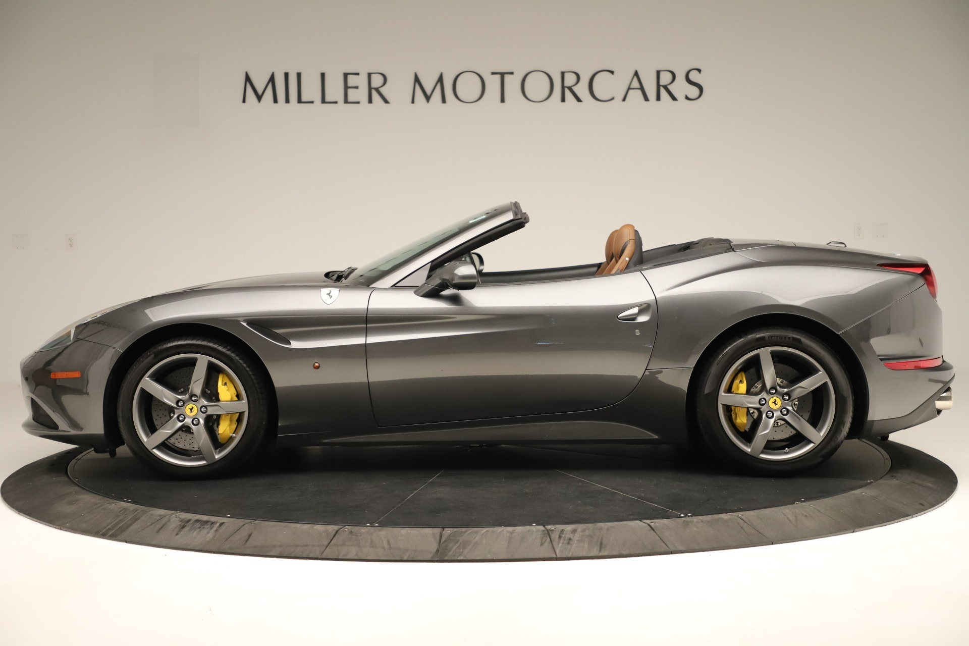 Used 2015 Ferrari California T  For Sale In Westport, CT 3354_p3