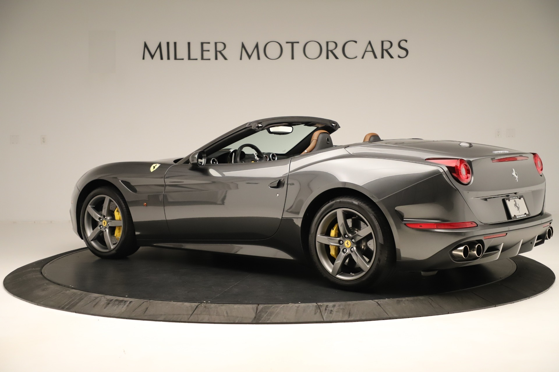 Used 2015 Ferrari California T  For Sale In Westport, CT 3354_p4