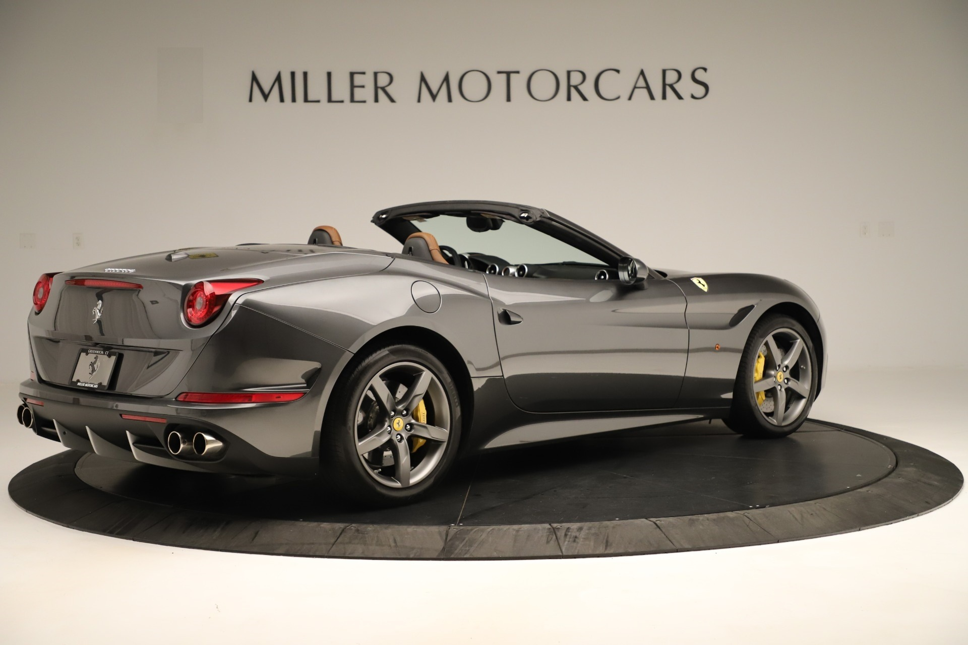 Used 2015 Ferrari California T  For Sale In Westport, CT 3354_p8