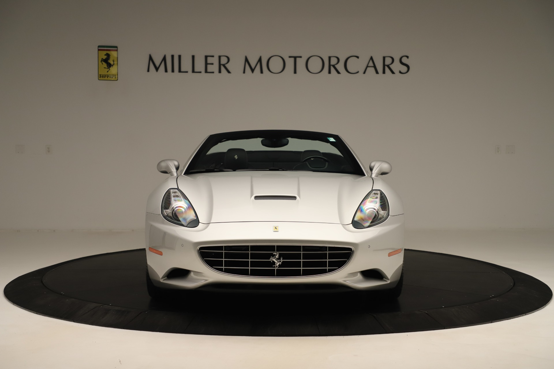 Used 2014 Ferrari California 30 For Sale In Westport, CT 3355_p12