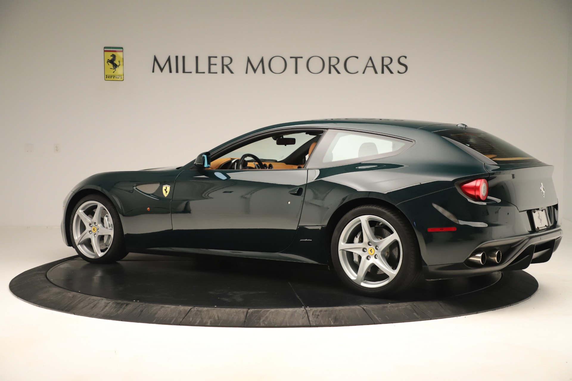 Used 2012 Ferrari FF  For Sale In Westport, CT 3357_p4