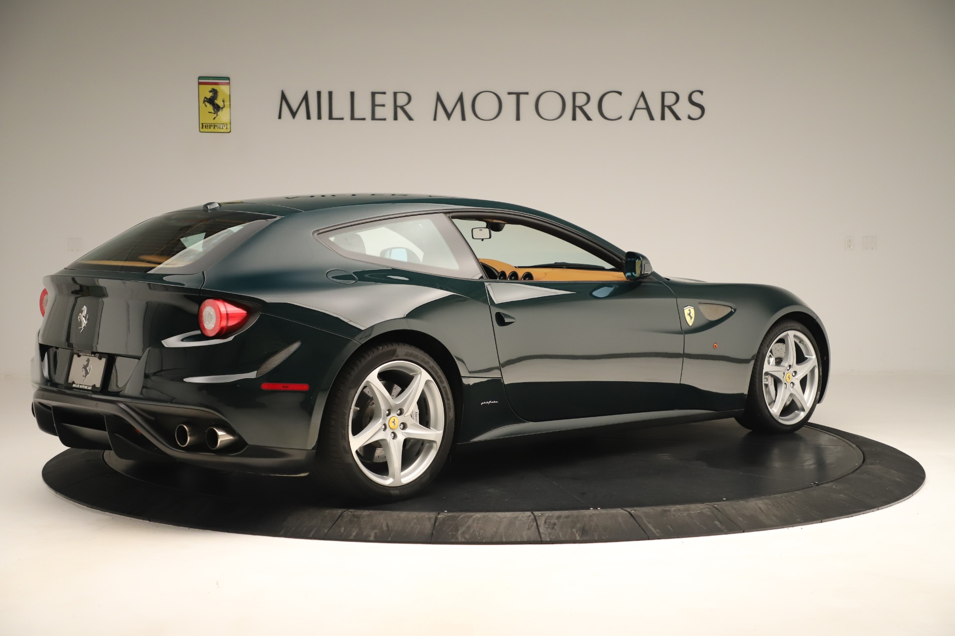 Used 2012 Ferrari FF  For Sale In Westport, CT 3357_p8