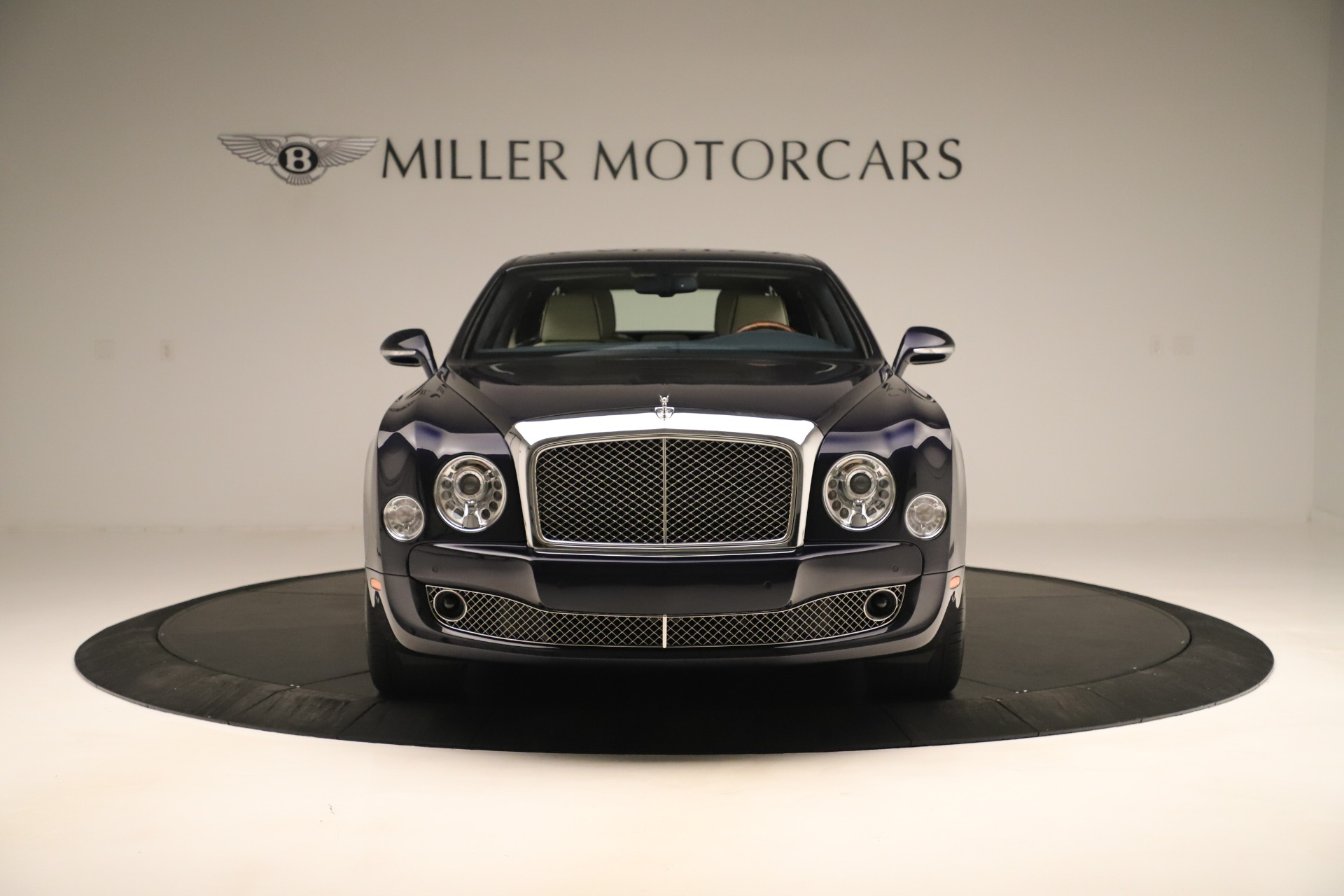 Used 2016 Bentley Mulsanne  For Sale In Westport, CT 3358_p12