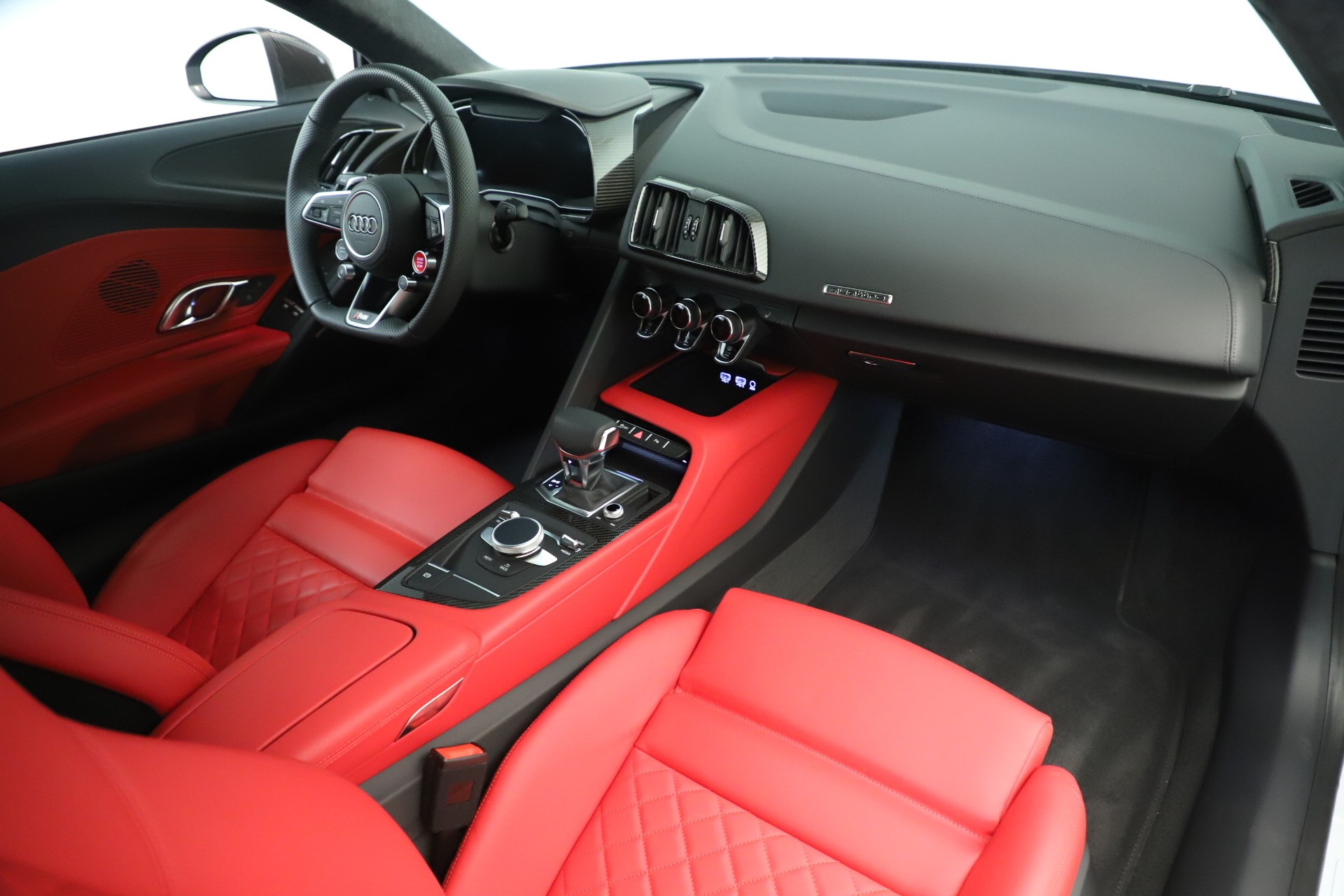 Used 2018 Audi R8 5.2 quattro V10 Plus For Sale In Westport, CT 3360_p18