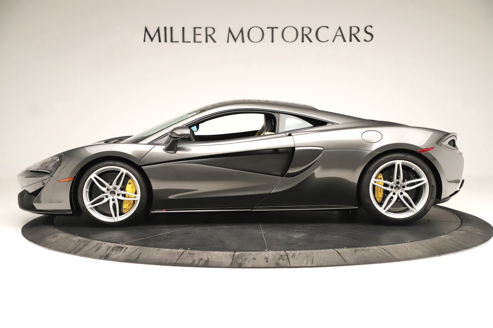 Used 2017 McLaren 570S Coupe For Sale In Westport, CT 3361_p2