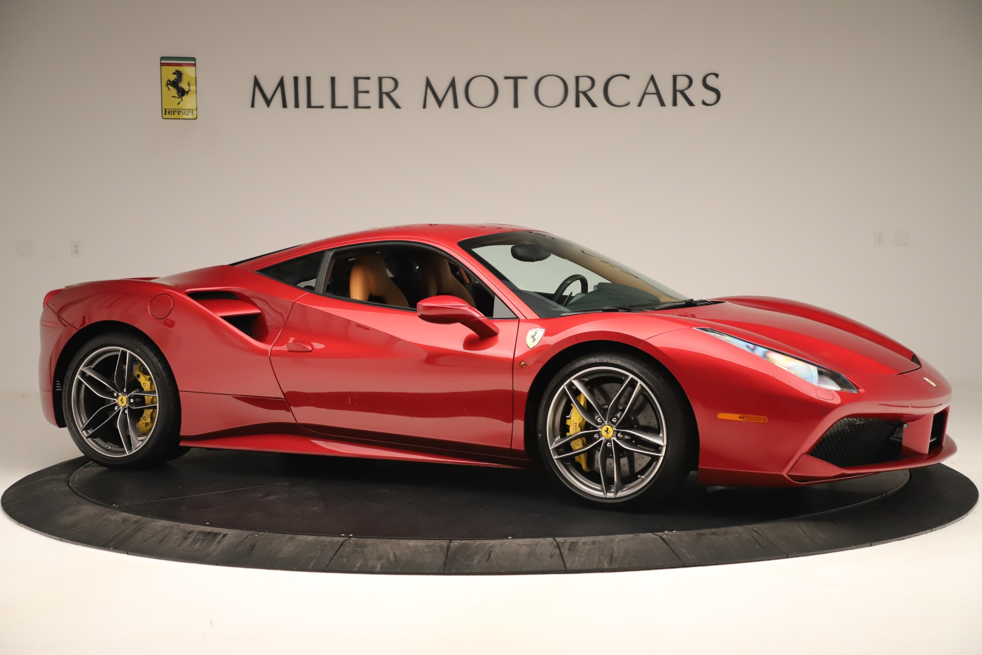 Used 2018 Ferrari 488 GTB  For Sale In Westport, CT 3362_p10