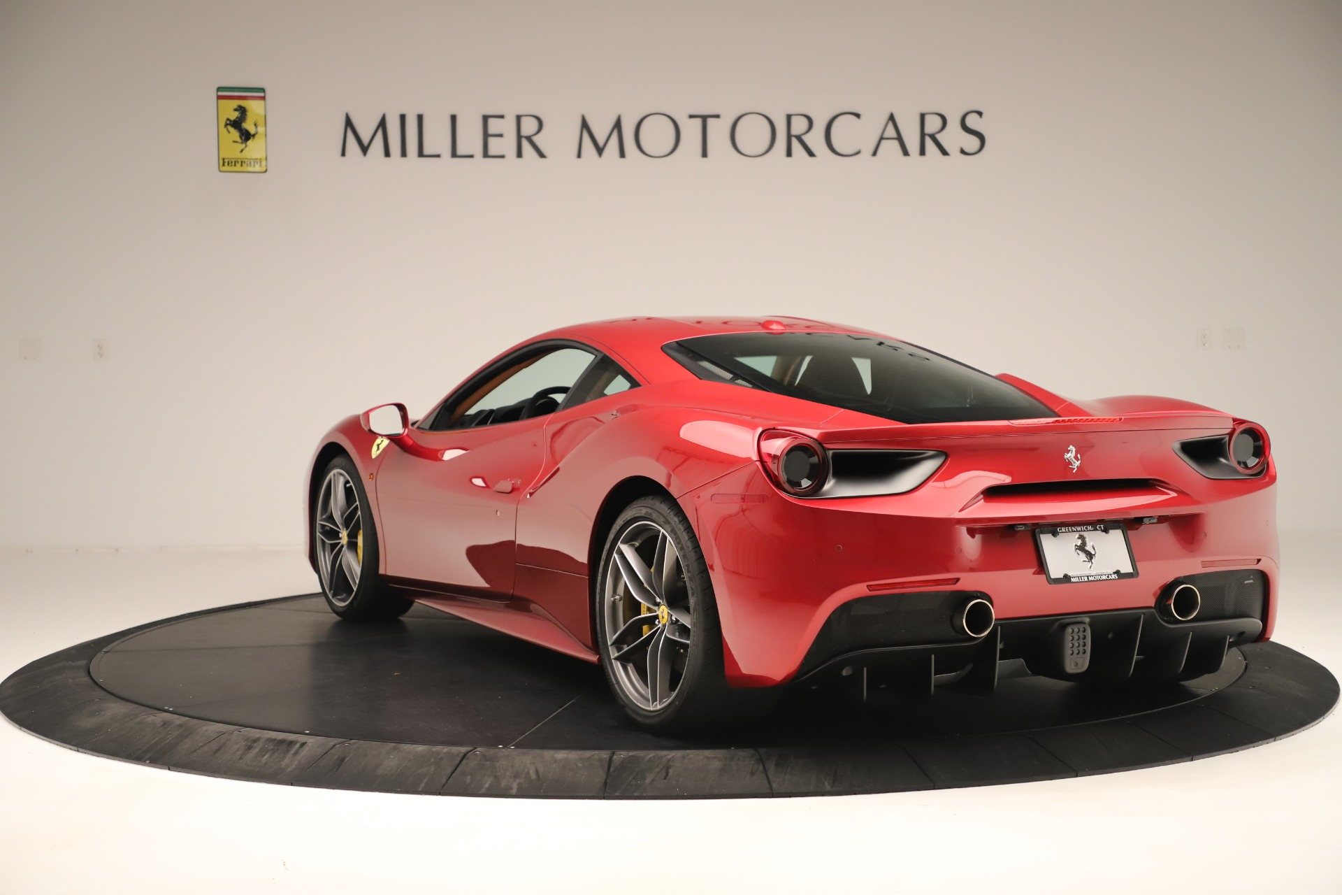 Used 2018 Ferrari 488 GTB  For Sale In Westport, CT 3362_p5
