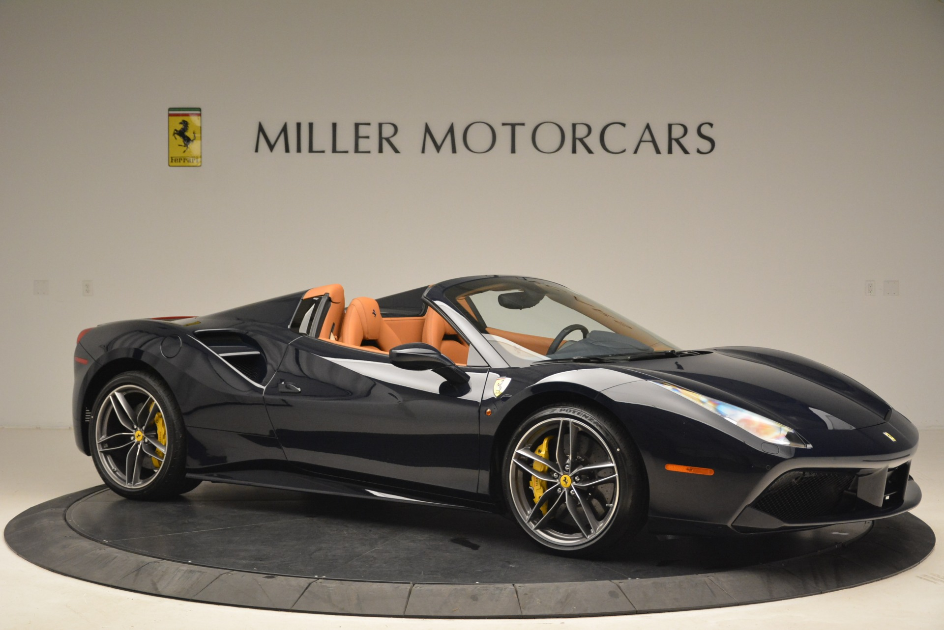 Used 2018 Ferrari 488 Spider  For Sale In Westport, CT 3371_p10