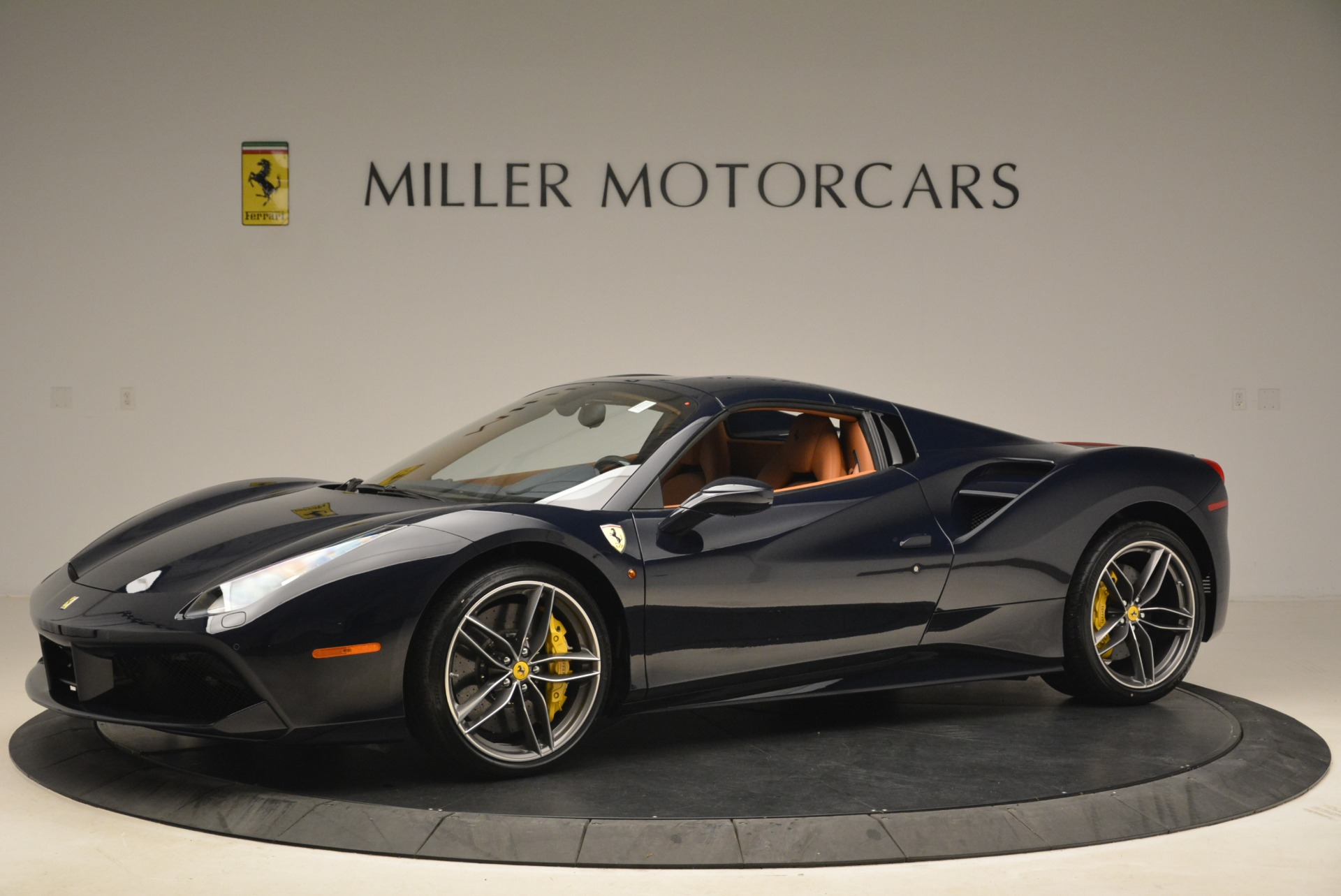 Used 2018 Ferrari 488 Spider  For Sale In Westport, CT 3371_p14