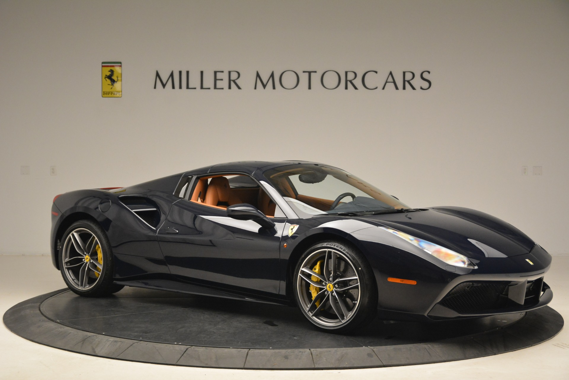 Used 2018 Ferrari 488 Spider  For Sale In Westport, CT 3371_p22