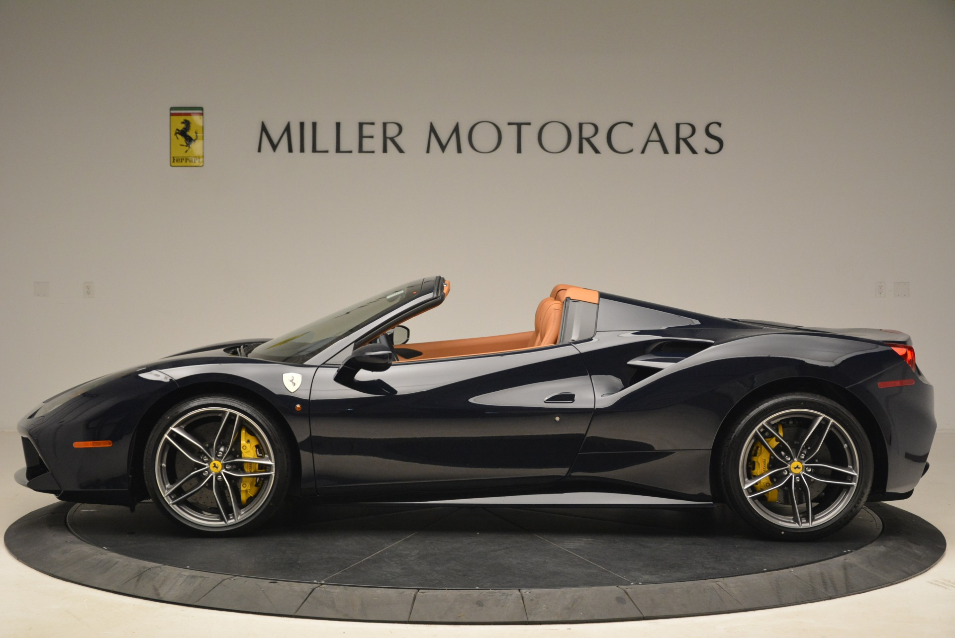 Used 2018 Ferrari 488 Spider  For Sale In Westport, CT 3371_p3