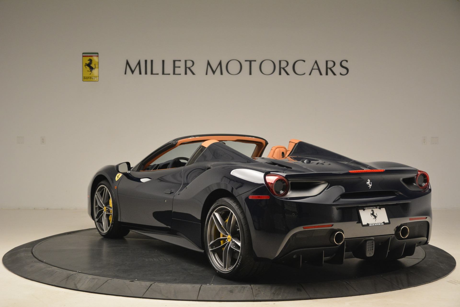 Used 2018 Ferrari 488 Spider  For Sale In Westport, CT 3371_p5