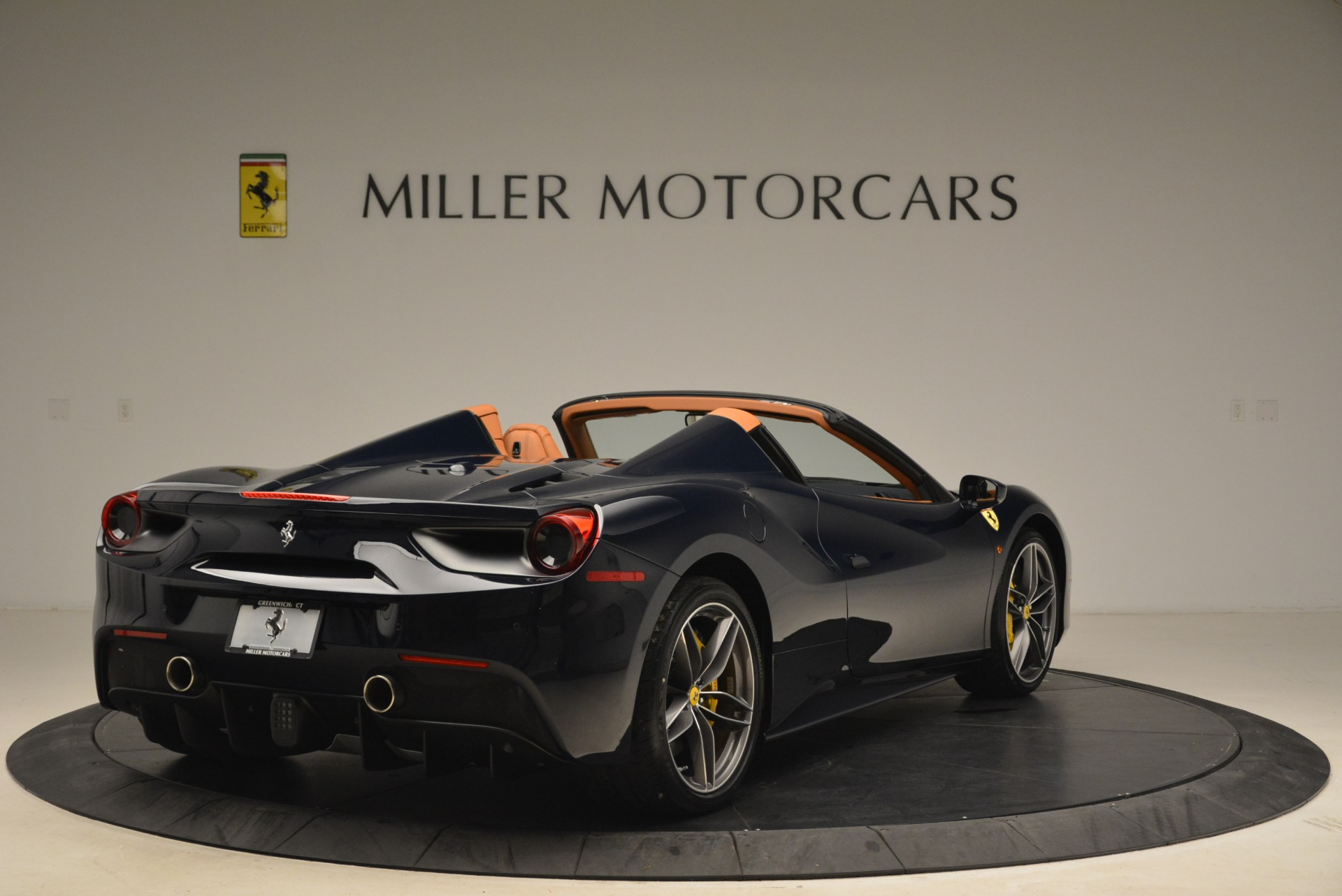 Used 2018 Ferrari 488 Spider  For Sale In Westport, CT 3371_p7