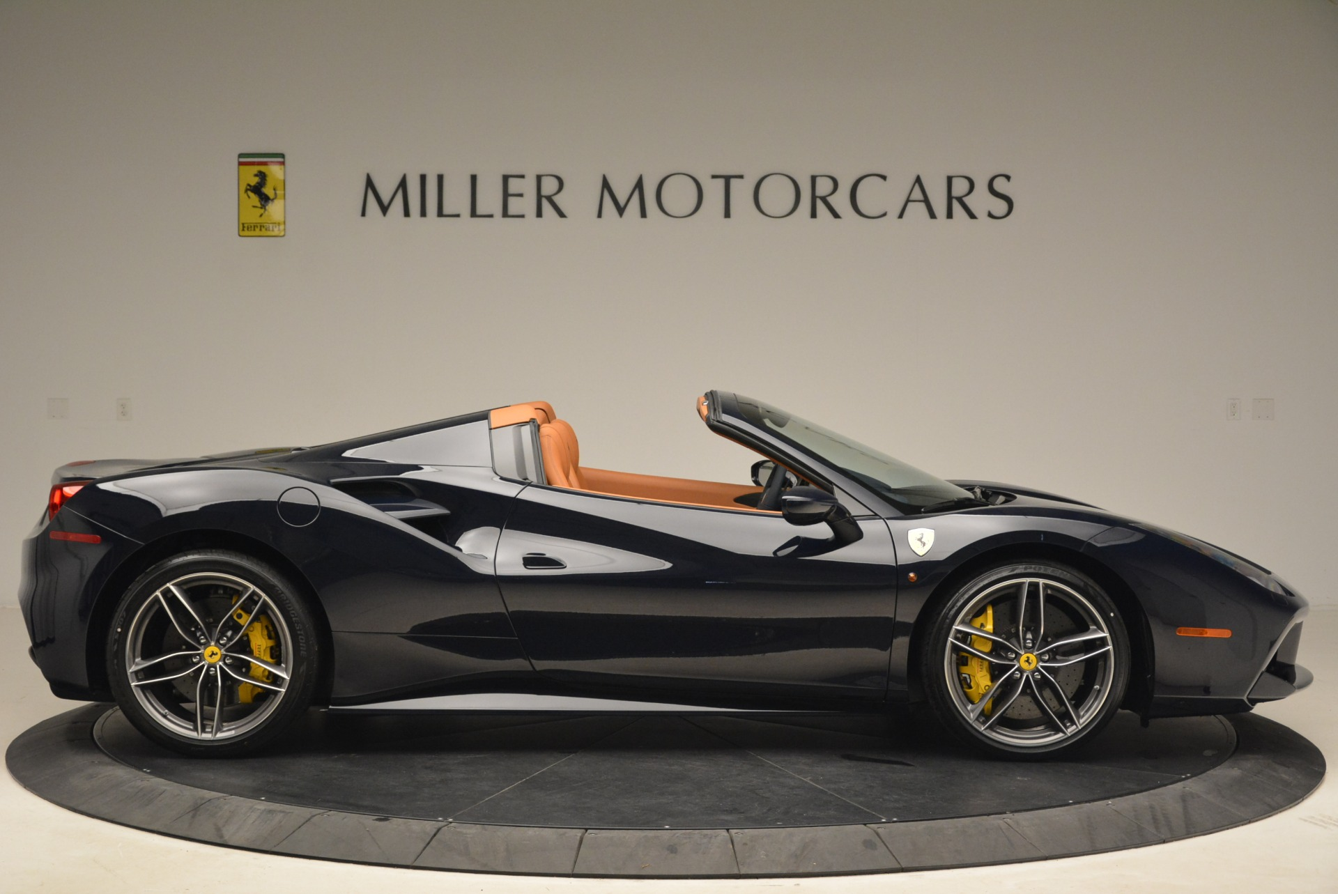 Used 2018 Ferrari 488 Spider  For Sale In Westport, CT 3371_p9