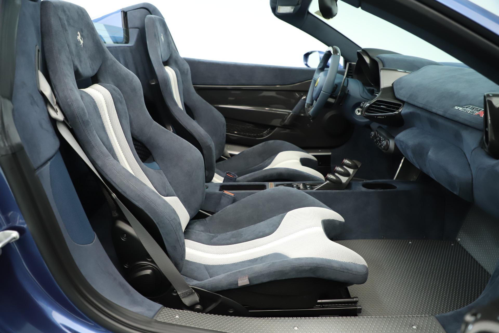 Used 2015 Ferrari 458 Speciale Aperta  For Sale In Westport, CT 3372_p29