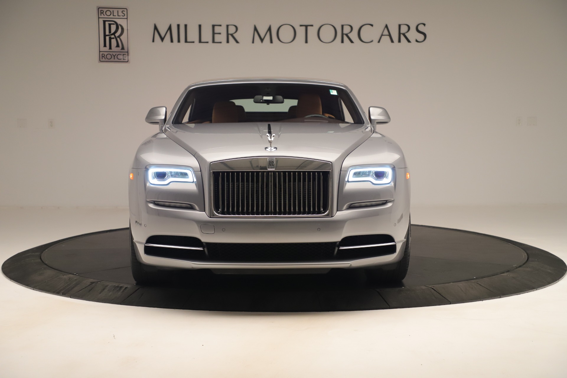 Used 2016 Rolls-Royce Dawn  For Sale In Westport, CT 3373_p2
