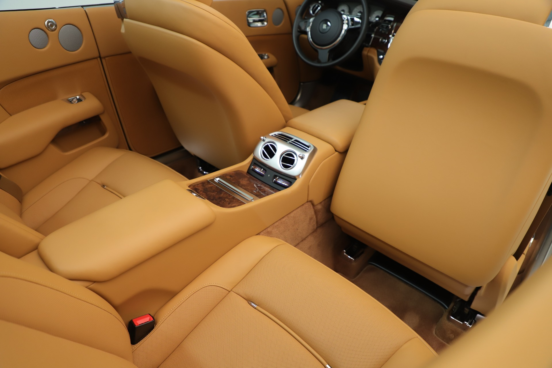 Used 2016 Rolls-Royce Dawn  For Sale In Westport, CT 3373_p34