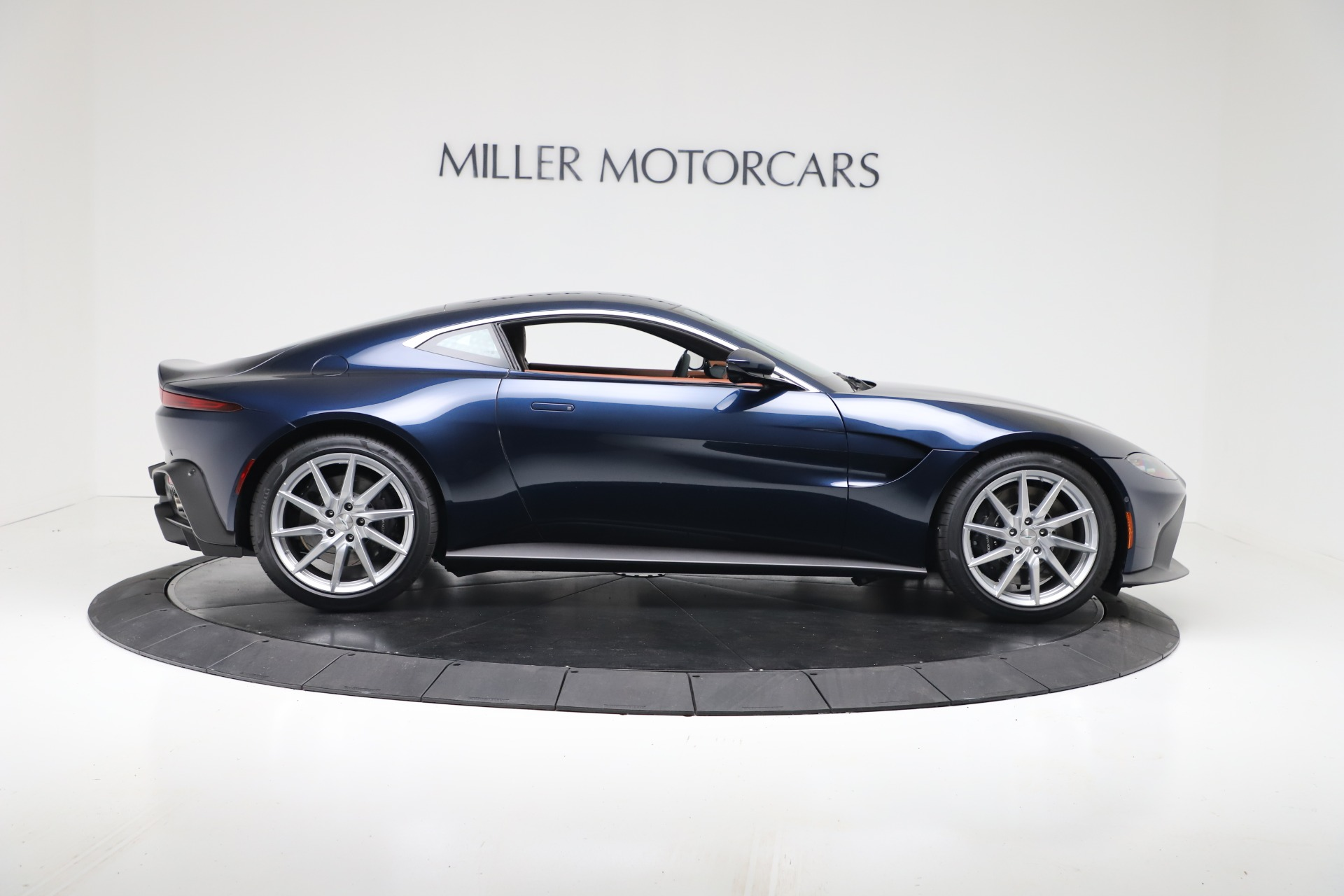 New 2020 Aston Martin Vantage V8 For Sale In Westport, CT 3378_p8