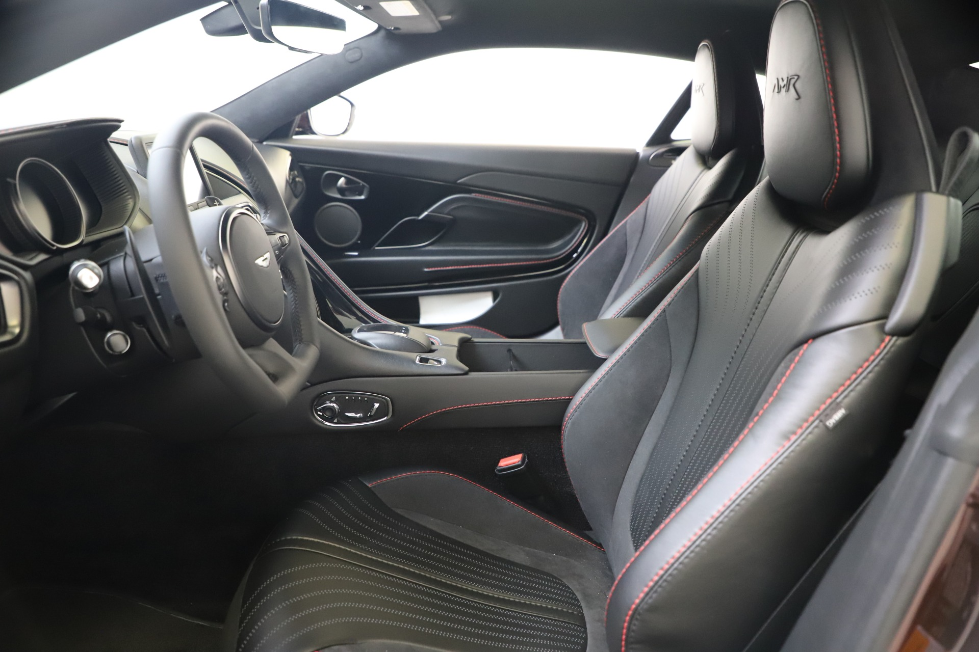 New 2019 Aston Martin DB11 AMR Coupe For Sale In Westport, CT 3379_p13