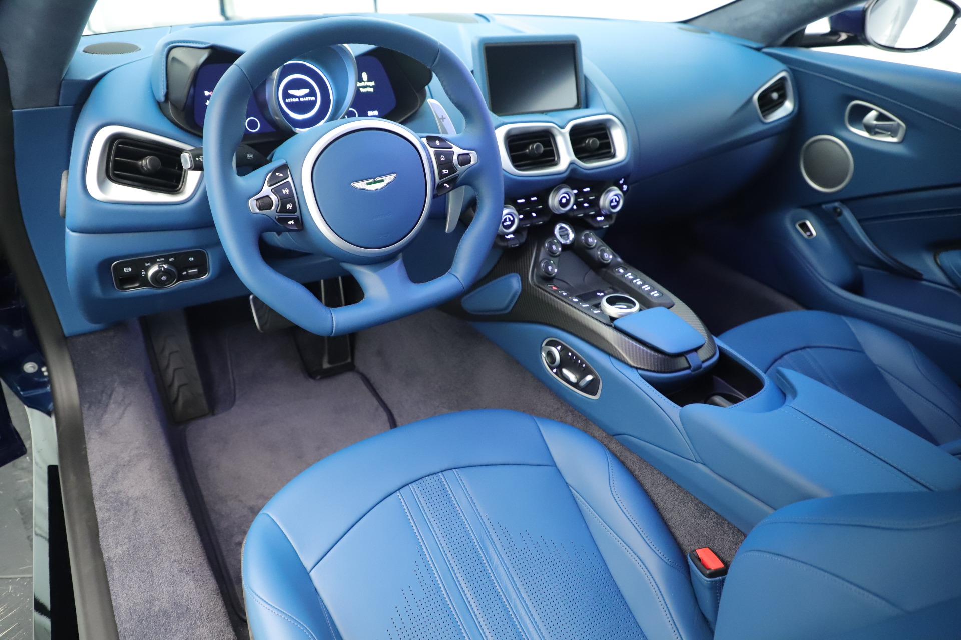 New 2020 Aston Martin Vantage Coupe For Sale In Westport, CT 3393_p14