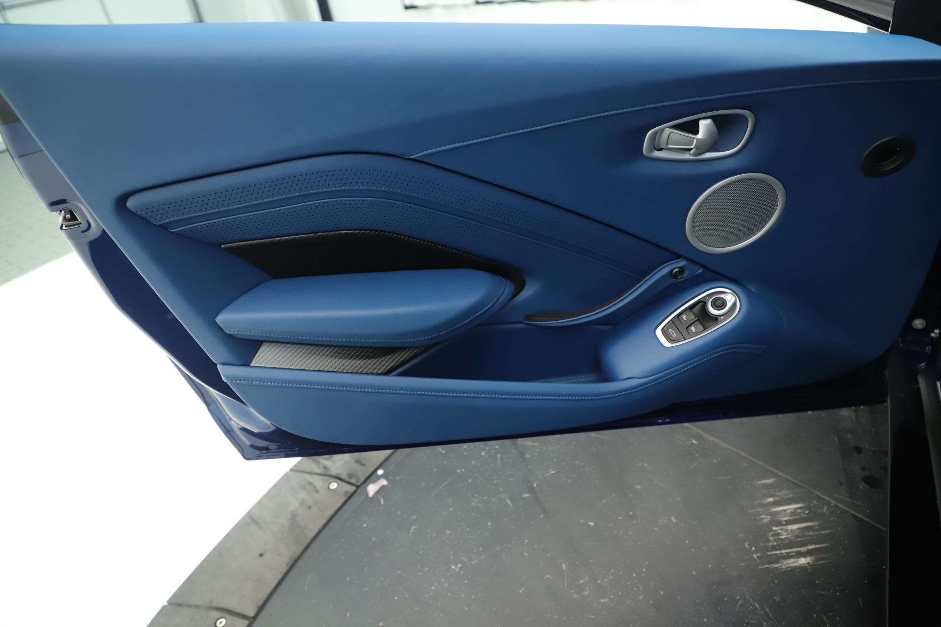 New 2020 Aston Martin Vantage Coupe For Sale In Westport, CT 3393_p17
