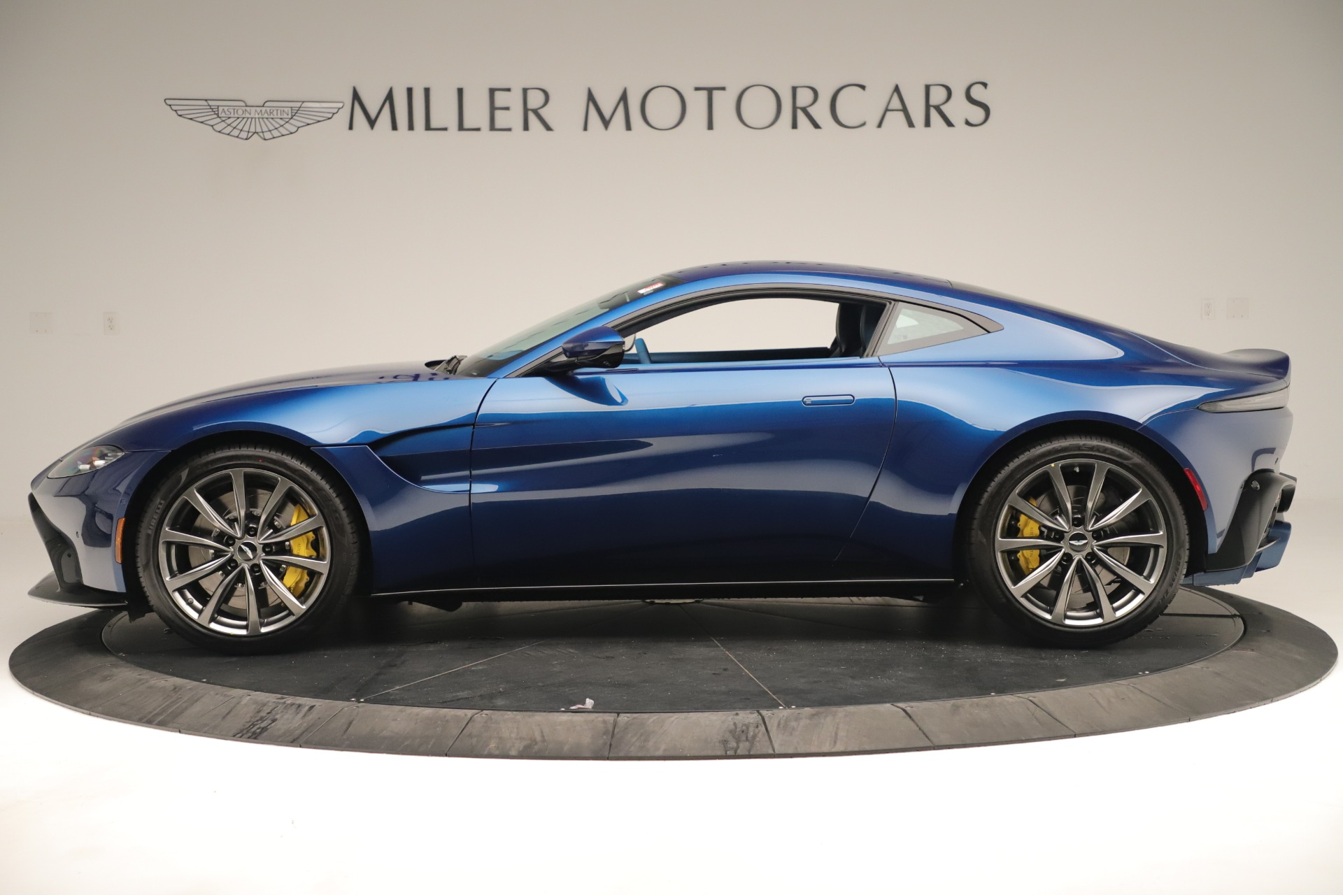 New 2020 Aston Martin Vantage Coupe For Sale In Westport, CT 3393_p3